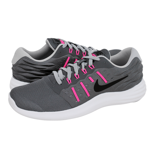 52307da3797 Lunarstelos - Nike Women s athletic shoes made of fabric and ...