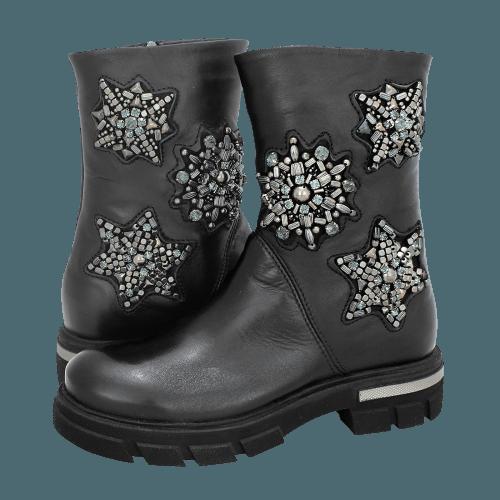 Gianna Kazakou Tobadill low boots