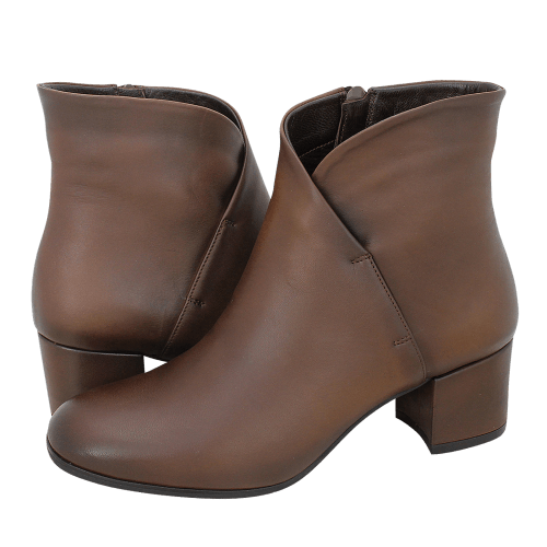 Esthissis Tamaseni low boots
