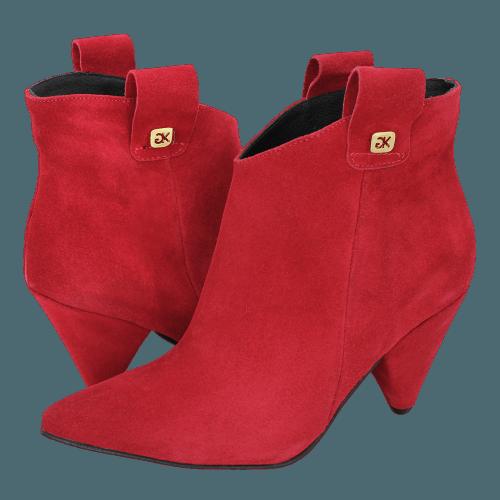 Gianna Kazakou Tittling low boots
