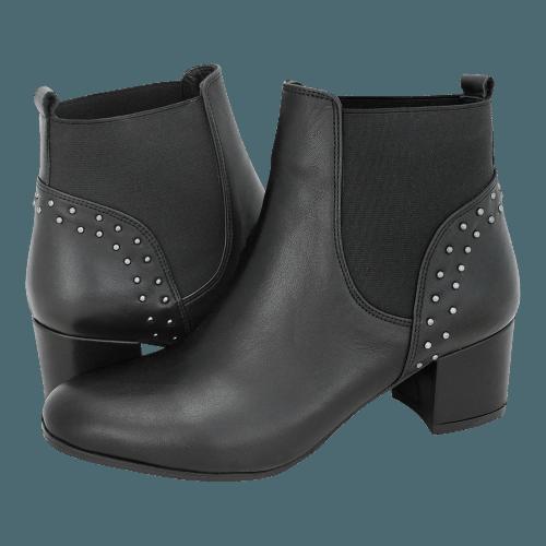 Esthissis Tesanj low boots