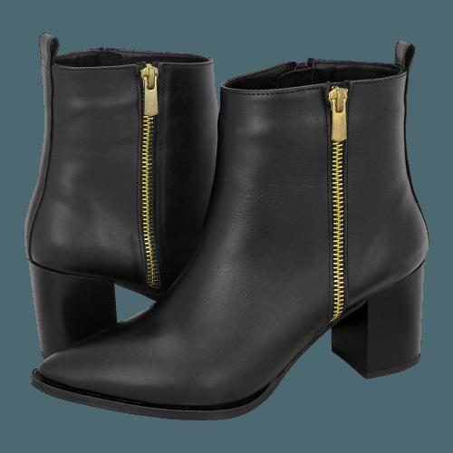 Gianna Kazakou Tulovo low boots