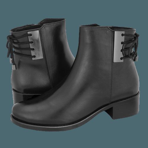 Gianna Kazakou Tamara low boots