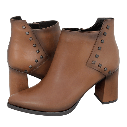 Esthissis Tribehou low boots