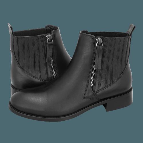 Gianna Kazakou Teestrup low boots